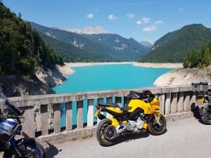 Yellow and Blue Oostenrijk met Stelvio Motorreizen