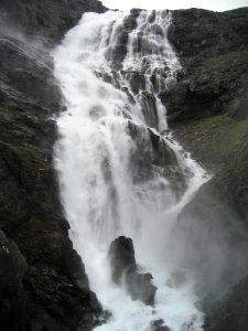 Trollstigen waterval in Noorwegen